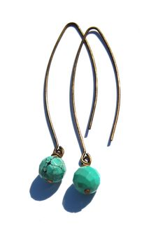 Love these DIY earrings. I'm a sucker for all things turquoise.