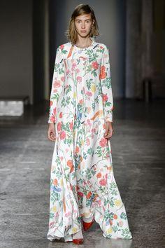 Arthur Arbesser Spring 2016 Ready-to-Wear Collection Photos - Vogue#2