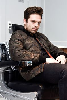 Sebastian stan man bun bucky barnes, sebastian stan, sea bass, marvel act. Sebastian Stan, Bucky Barnes, Stan Lee, Tom Hiddleston, Benedict Cumberbatch, Slimming World, The Todd, Todd Snyder, Marvel Actors