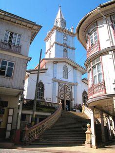 Zaruma la sultana del Oro, una ciudad reconocida por su diseño y arquitectura colonial!! www.ecuador.travel