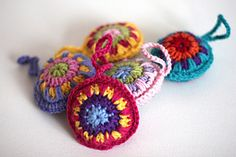 Ravelry: Bauble Decoration pattern by Lucy of Attic24
