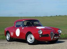 Learn more about 1965 Alfa Romeo Giulia 1600 Spider Veloce Racer on Bring a Trailer, the home of the best vintage and classic cars online. Alfa Romeo Usa, Alfa Romeo Junior, Alfa Romeo Giulia, Alfa Romeo Cars, Lamborghini, Ferrari, Vintage Racing, Vintage Cars, Vintage Metal