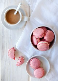 Recipe: Raspberry-Coconut French Macarons — Dessert Recipes from The Kitchn French Macarons Recipe, French Macaroons, Coconut Macaroons, Coconut Milk, Strawberry Macaroons, Pink Macaroons, Just Desserts, Dessert Recipes, Romantic Desserts