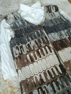Gradient Baby Vest Making Crochet Motif, Crochet Stitches, Crochet Top, Crochet Patterns, Crochet Chain, Knit Vest, Crochet Cardigan, Baby Vest, Moda Emo