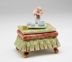 "Tea Side Table Music Box playing ""Beautiful Dreamer"""