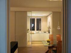 Una Stanza in più : Cucina moderna di Architetto Alberto Colella