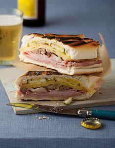 Grilled Cuban Sandwich ( Sandwich Cubano ) Recipe on Snooth Eats Sandwich Cubano, Grilled Sandwich, Best Sandwich, Soup And Sandwich, Sandwich Recipes, Sandwich Cake, I Love Food, Good Food, Yummy Food