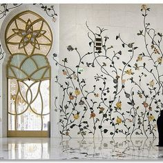 Vines climbing up wall - these are in marble, I think. I'd paint them. From Sheikh Zayed Mosque – Abu Dhabi