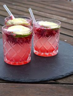 Opskrift på sommerlig rabarberdrink | ELLE