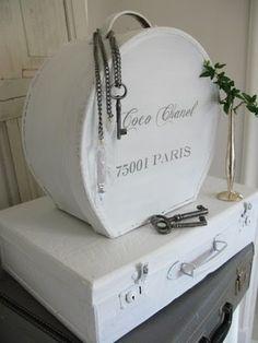 Coco Chanel - Paris