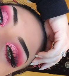 Bright pink eye make up