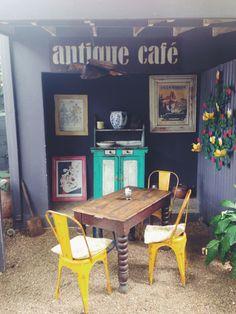 Antique Cafe!