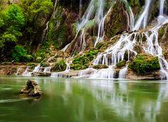 Bisheh Waterfall, Lorestan Province, Iran www.ifilmtv.com/english/