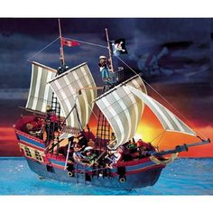 A whole bunch of links to cool pirate info and lesson plans