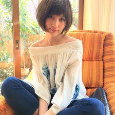 いいね!13千件、コメント49件 ― non-noさん(@nonno_magazine)のInstagramアカウント: 「ノンノ7月号「肩見せトップス」を撮影中のばっさーをキャッチ! 刺繍入りオフショルをおしゃれに着こなし♡ @tsubasa_0627official #本田翼 #ばっさー #微笑みばっさー…」