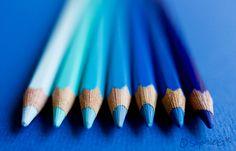 Shades of blue blue aesthetic Light Blue Aesthetic, Rainbow Aesthetic, Aesthetic Colors, Image Bleu, Color Explosion, Azul Vintage, Everything Is Blue, Bleu Indigo, Himmelblau