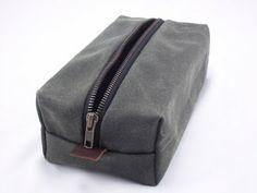 Yardwork: Drop Cloth Dopp Kit Tutorial