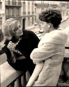 Melina Mercouri et romy Schneider Romy Schneider, Magda Schneider, Marguerite Duras, Le Talent, Delon, French Actress, Great Women, Women In History, Paris France