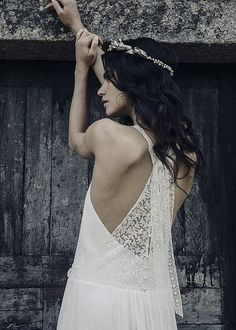 Robe Amboise & couronne Mimoki x LdeS // gorgeous french wedding dress French Wedding Dress, Fancy Wedding Dresses, Boho Chic Wedding Dress, Custom Wedding Dress, Luxury Wedding Dress, Wedding Bells, Lace Wedding, Laura Lee, 2017 Bridal