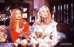 Death Becomes Her behind the scenes photo of Meryl Streep & Goldie Hawn