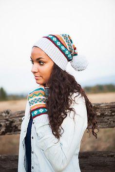 Ravelry: Muskoka Hat and Mitts pattern by Brenda Castiel $4.99.
