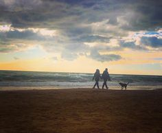 """""""Walking with my loves""""  #love #lovers #inlove #loveisintheair #sanvalentin #valentineday #comingsoon #capturinglove #capturingmoments #beach #landscape #landscape_captures #sea #instagram #instagramers #igers #igersoftheday #valentinegram #instalove #gramlove by themagiclife"""