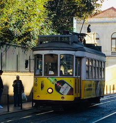 Why Estrela Is The Best Neighbourhood for Your Lisbon Holiday?