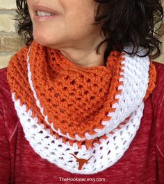 Crochet Texas Longhorns Scarf in Burnt Orange and White, Longhorns Fan Scarf, College Football, Team Colors, Infinity Scarf, Longhorns Logo by TheHookster on Etsy