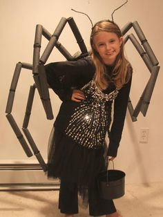 Easy Spider Costume >> http://www.diynetwork.com/decorating/easy-kids-halloween-costume-spider-legs/pictures/index.html?soc=pinterest