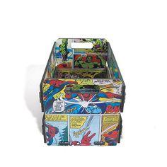 Mini Caixote de Feira em MDF com estampa dos quadrinhos Marvel ideal para os viciados em quadrinhos,um item multiuso para organização de qualquer objeto e decoração despojada de  qualquer ambiente.