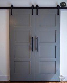 Wonderful photo - go look at our website for much more good tips! #interiorbarndoorswithwindows Barn Door Hinges, Barn Door Closet, Diy Barn Door, Barn Door Hardware, Garage Doors, Diy Sliding Barn Door, Barn Garage, Diy Door, Barnwood Doors