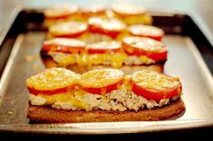 Change up your boring tuna sandwich with a Tuna Melt! From @NevrEnoughThyme http://www.lanascooking.com/tuna-melt/ #sandwiches #tuna