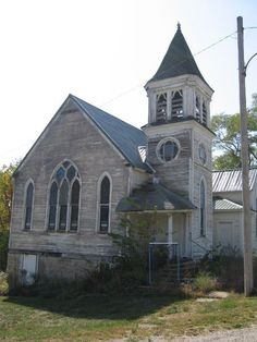 Abandoned in Mount Sterling, Iowa - Gothic Revival Church. As of the census of there were 40 people. As of the census of there were 36 people. Old Abandoned Buildings, Abandoned Mansions, Old Buildings, Abandoned Places, Old Country Churches, Old Churches, Gothic Revival Architecture, Church Pictures, Take Me To Church