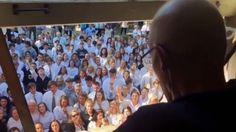 400學生為罹癌老師歌唱祝福 癌師日前不幸辭世 - https://kairos.news/51836