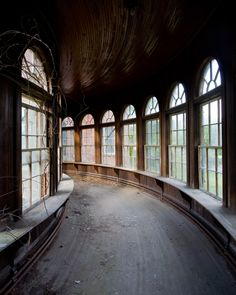The Eerie Innards of America's Abandoned Sanitariums | Taunton State Hospital in New Jersey Jeremy Harris | WIRED.com