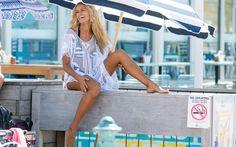 Ξανθιά και ακαταμάχητη η Natalie Roser - http://www.daily-news.gr/lifestyle/xanthia-ke-akatamachiti-natalie-roser/