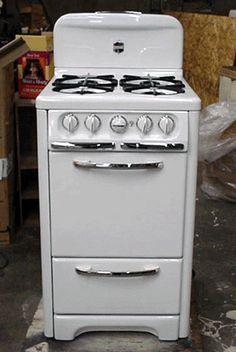 "antique stove   Wedgewood 22"" apt. size vintage stove"