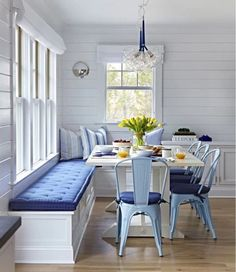 Blue and White gorgeous breakfast nook