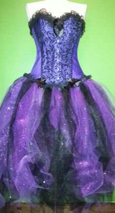 Great dress for Ursula costume!