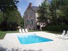 Vakantiehuis 'Groot vakantiehuis met privé zwembad en veel privacy' Groot, Outdoor Decor, Home Decor, Homemade Home Decor, Decoration Home, Interior Decorating