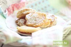 Placki z jabłkami Apple Pie, Camembert Cheese, Pancakes, Cereal, Breakfast, Desserts, Food, Morning Coffee, Tailgate Desserts
