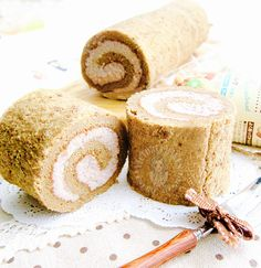 ingredients (14 x 11 inch pan, greased & lined) swiss roll 4 large eggs 95g caster sugar 1 tsp coffee oil (coffee extract ok) 40g full cream milk 15g butter, melted and cooled 25g 2-in-1 white …