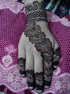 here you find out such beautiful Full Hand Mehndi Designs, Mehndi Designs 2018, Stylish Mehndi Designs, Mehndi Designs For Girls, Mehndi Designs For Beginners, Bridal Henna Designs, Mehndi Design Photos, Dulhan Mehndi Designs, Mehndi Designs For Fingers