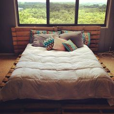 my new pallet bed!