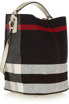 bd10577dc65a 66 Best Burberry Clothing images