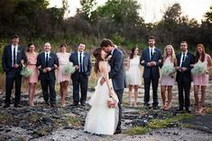 Great wedding party pose