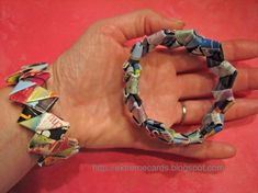 Recycled Mail Gum Wrapper Chain Woven Bracelet I Remember making these when I was a kid but forgot how to now I know again Jewelry Crafts, Handmade Jewelry, Found Object Jewelry, Paper Chains, Paper Beads, Magazine Crafts, Woven Bracelets, Pop Up Cards, Natural Gemstones