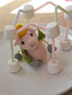 Build a house for the three little pigs - Fairy Tale Science and Engineering
