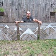 Wood Pallets Large 3 Piece Rustic Mountains Set This piece measures and is made from reclaimed wood. Wood Projects For Beginners, Beginner Woodworking Projects, Diy Woodworking, Woodworking Furniture, Woodworking Chisels, Woodworking Classes, Youtube Woodworking, Woodworking Patterns, Woodworking Machinery