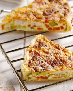 Quiche with chicken and vegetables - Air Fryer Recipes Food Porn, Good Food, Yummy Food, Zucchini, Quiches, Taco, Quiche Recipes, Air Fryer Recipes, High Tea